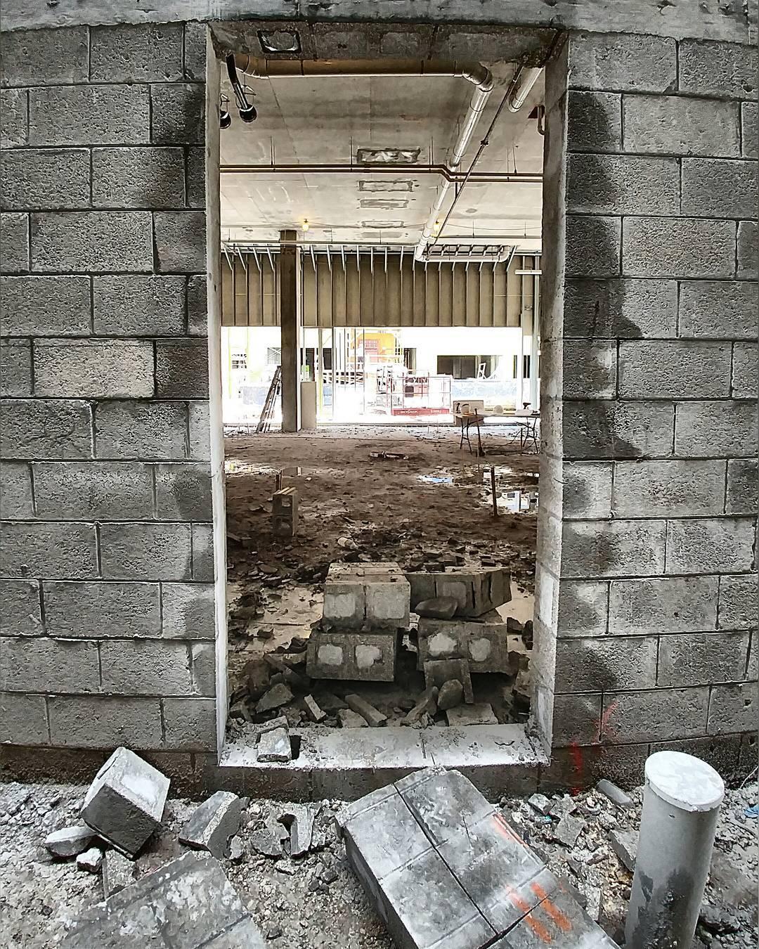 Demolition Concrete Wall : Wall opening concretecutting construction miami